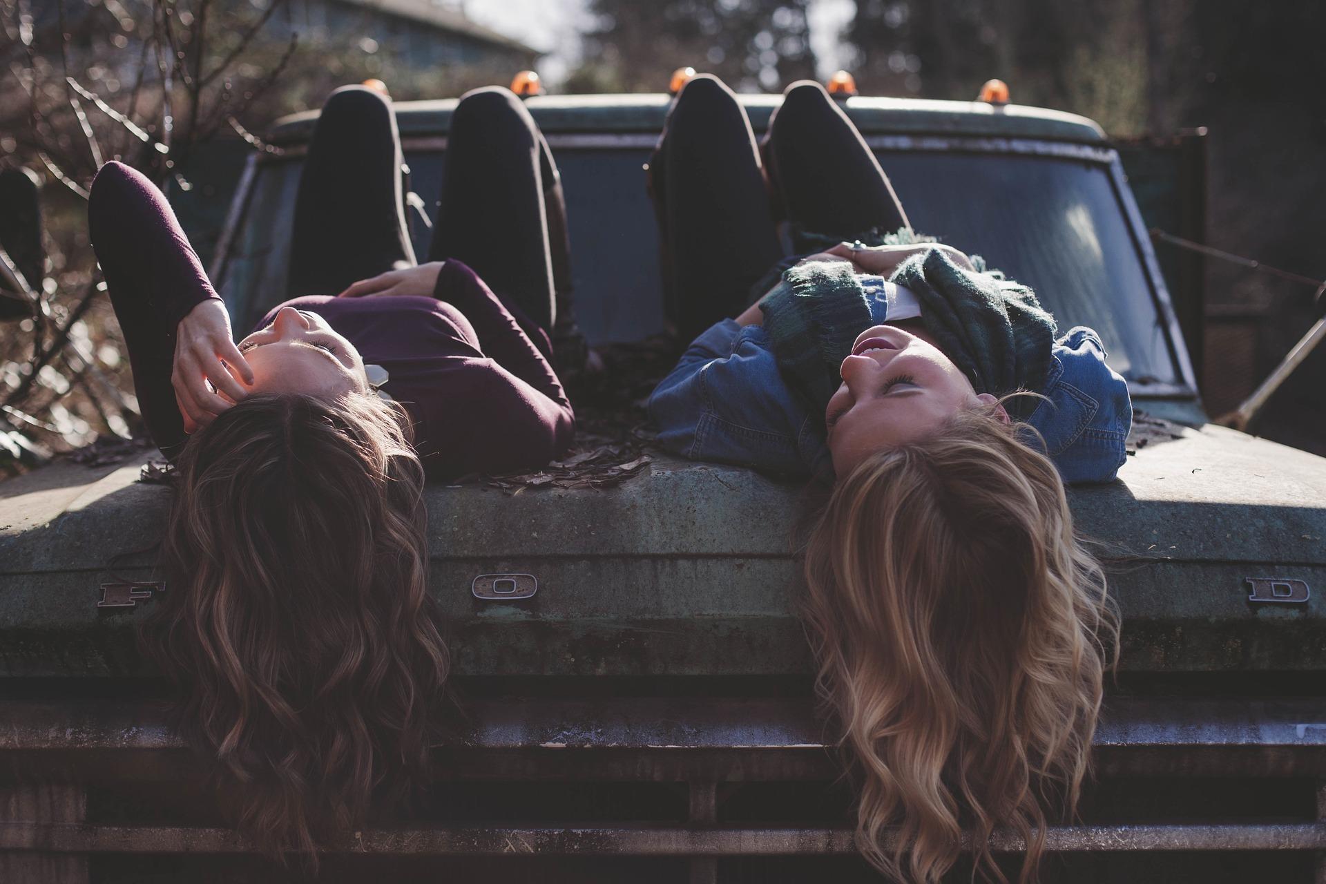kanepi tarvitamine tüdrukute seas
